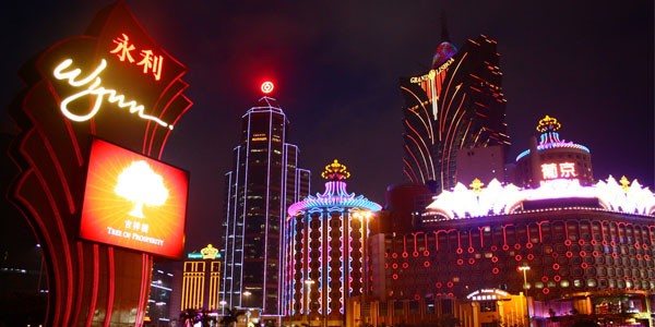 Sheldon Adelson's Casinos Sprout French Erections In Macau