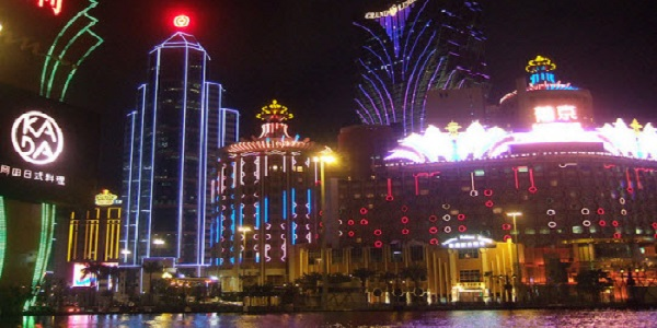Can Macau Survive Without High Rollers and Junkets Operations?