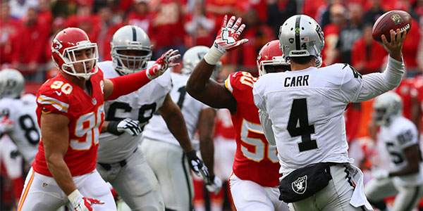Chiefs vs Raiders NFL season