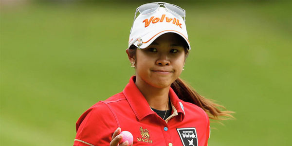 Female Thai golfer