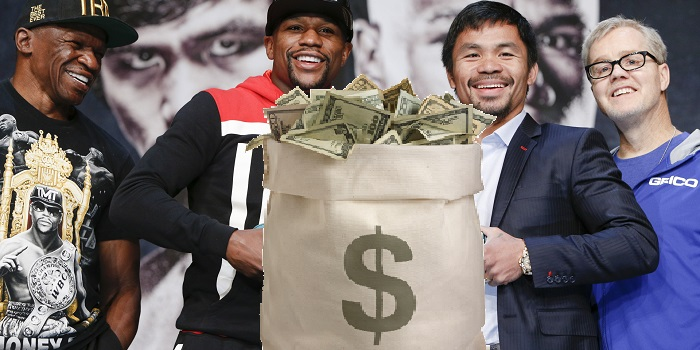 Floyd Mayweather Jr and Manny Pacquiao at press conference holding money bag