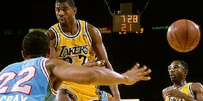 Trick pass Magic Johnson LA Lakers