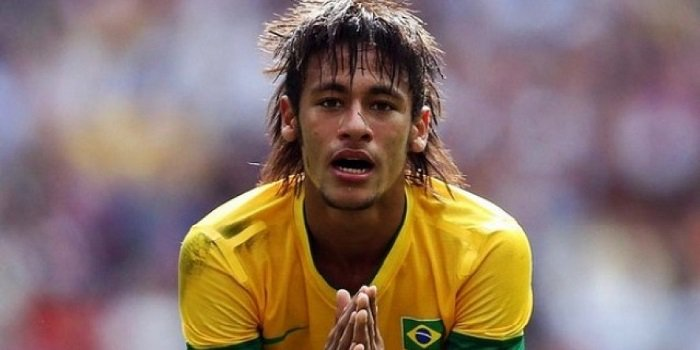 Neymar Brazil terrible hair begging