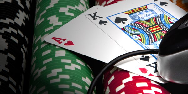 MGM Pushing for Online Poker Legalization in New York