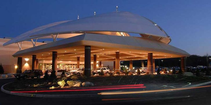 Twin River To Shut Down Newport Grand Slots Parlor and To Build Tiverton Casino
