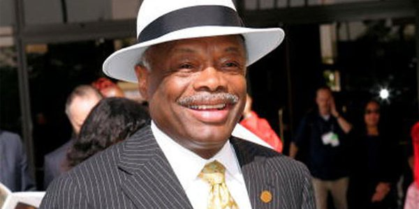 Willie Brown Joins Adelson's Side in the Battle against Internet Gambling