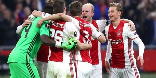 Best Odds Ajax v Lyon