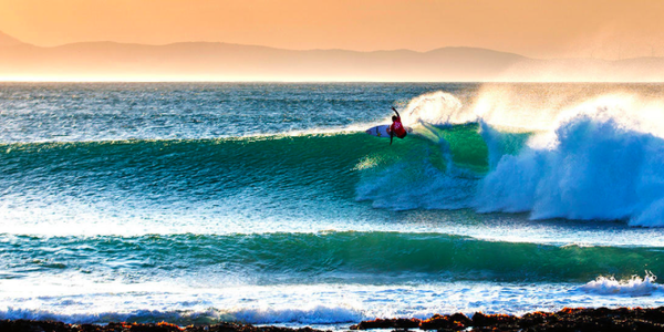 Bet on the 2017 World Surf League