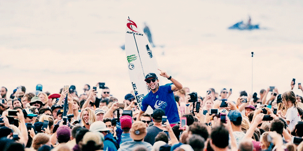 Bet On Owen Wright to Win This Year's World Surfing League