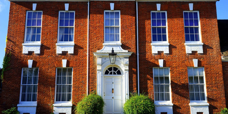Bet on UK house prices to fall in 2019