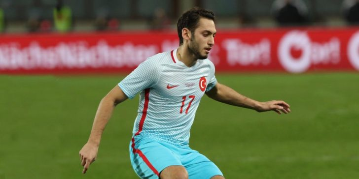 Odds on Turkey vs Iceland Hakan Calhanoglu