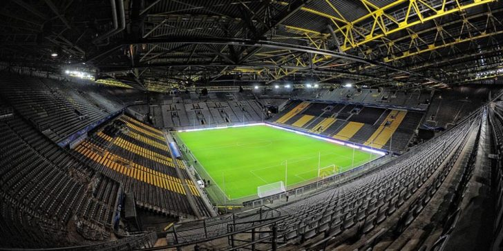 UEFA Champions League 2020 Online Sportsbook bet365 1xBET Signal Iduna Park Football Stadium Fans Dortmund vs Inter Betting Predictions