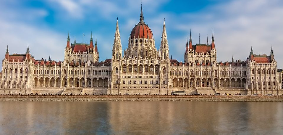 Betting in Hungary, Gambling in Hungary, Hungarian bets, Hungarian State monopoly, Hungary sports books