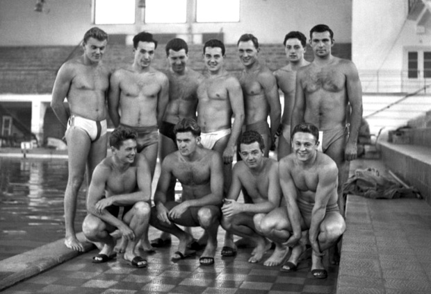 Blood In The Water, blood in the water, 1956 water polo match, gambling online, GamingZion.com, Hungary vs Russia, 1956 water polo, Melbourne Olympics 1956, online gambling, online sports books in the US, sports betting
