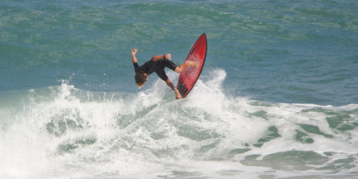 imrpove surfing techniques, gamingzion, 1xbet.com, online sportsbook news sites in the us, online gambling sites in the us, surfing, improve surfing, paddling, reading the wave, catching wave, peak, peak of the wave, board, longboard, fish, acceleration, speed, pumping, compress, decompress