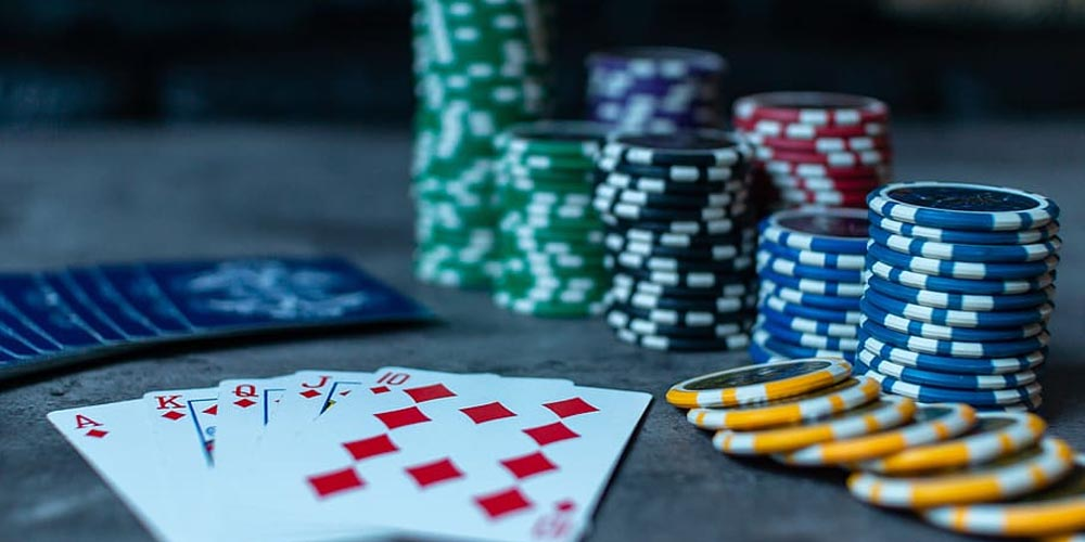 casino scam,  online betting,  online casino,  Maryland casino scam,  baccarat,  shuffle cards,  card cheat,  Gamingzion.com,  FBI investigation,  online gambling