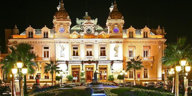Monte Carlo Casino bans residents