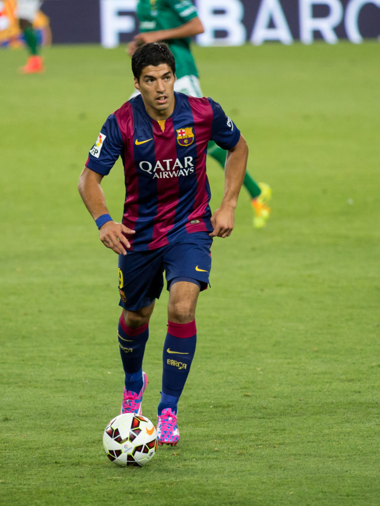 Luis Suárez, biter Luis Suárez, Luis Suárez is a biter, Luis Suárez like to bite, Barcelona FC, Giorgio Chiellini, online betting, football betting, World Cup Football,