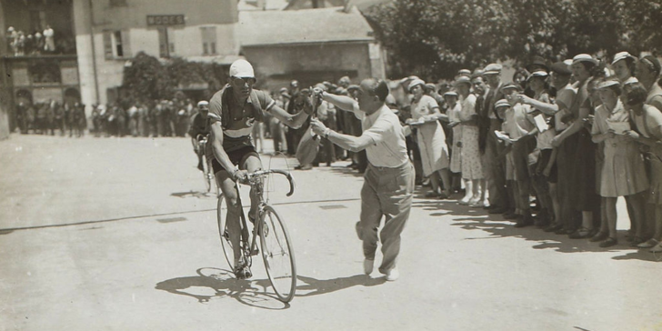vintage cheating at tour de france, tour de france, vintage, cheating, history, doping, scandal, before doping, bovada, gamingzion, online sportsbook sites in the Us, online sportsbook news sites in the Us, maurice garin, jean robic, hippolyte aucouturier, bike, bike race, racing,