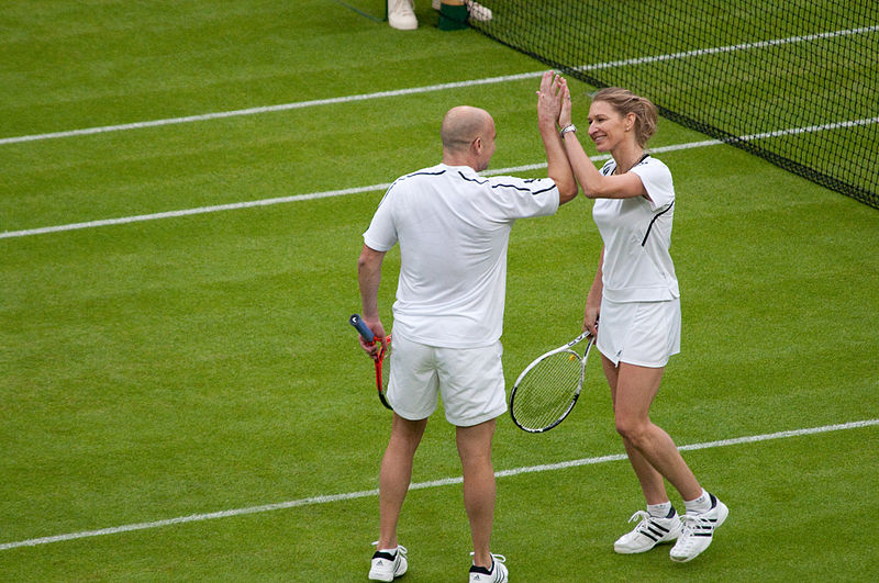 most famous sports couples, tennis, Steffi Graf, Andre Agassi, online sportsbooks, online gambling sites