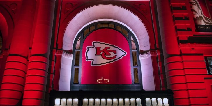 Liberalization Brings 2020 Super Bowl Betting Bonanza, US gambling laws, Bet on sports in the US, Online betting sites in the US, Online sportsbook sites in the US, Bovada, Sports betting in the US, US sports betting, Sports gambling in the US, US Sports odds, Prop bets in the US, Kansas City Chiefs, San Francisco 49ers, Miami, LIV,