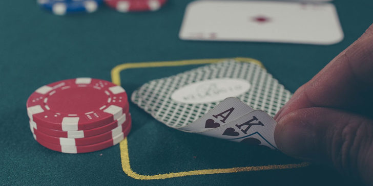 Online Casino Slot Themes Make A Game More Interesting