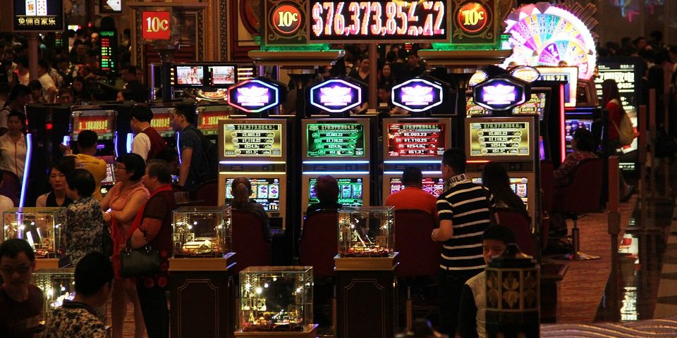 slots, slot machines, online slots, Bovada, poker, online casino, casino, slot machine malfunction, gamingzion.com, playing slots, indian reservation, gaming law, jackpot