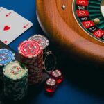 Advantages of Online Gambling That Make You Fall in Love With Online Casinos