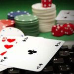 Online Poker vs Live Poker – Why One Is Better Than the Other?
