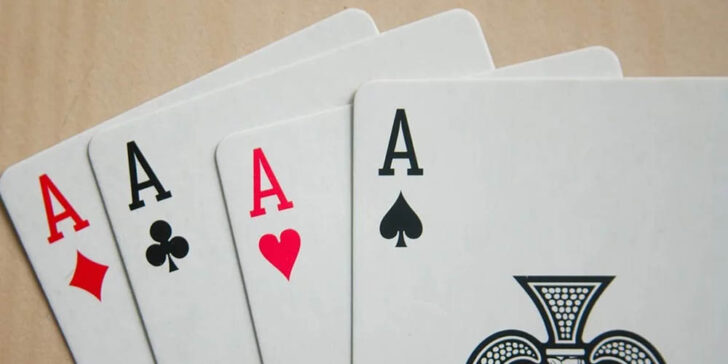 how to play Four Aces