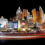 What Kinds of People You Can Meet at Casinos?