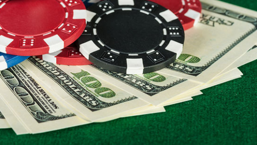 Freerolls Every Day: Get Your Share of $10,000 Gtd Sunday Sundowner